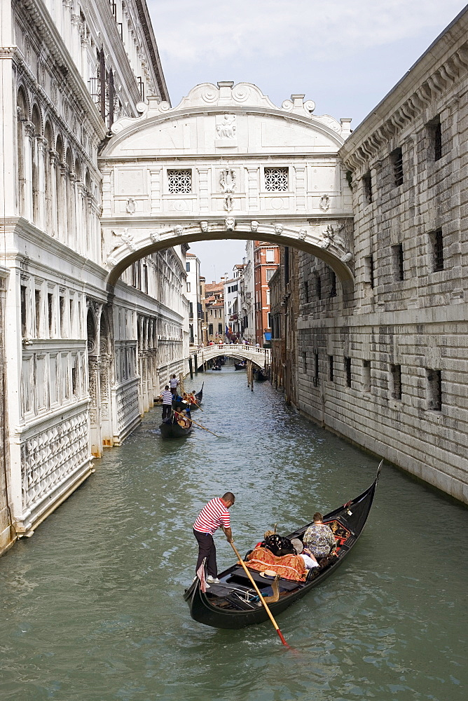 Bridge of Sighs, Venice, UNESCO World Heritage Site, Veneto, Italy, Europe - 783-116
