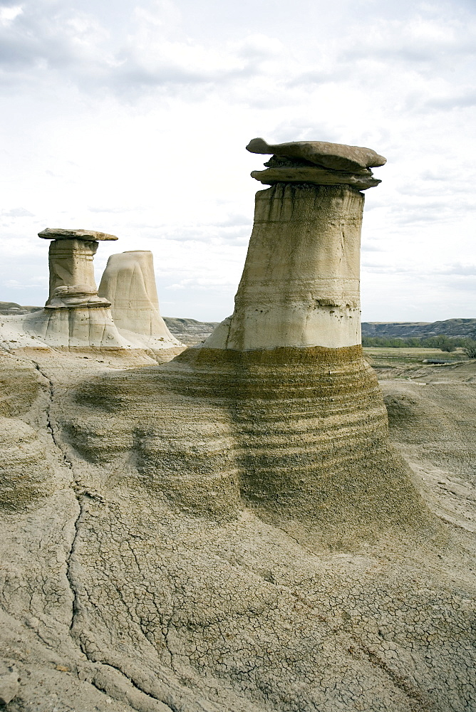 Hoodoos, limestone features, Badlands, Drumheller area, Alberta, Canada, North America - 783-121