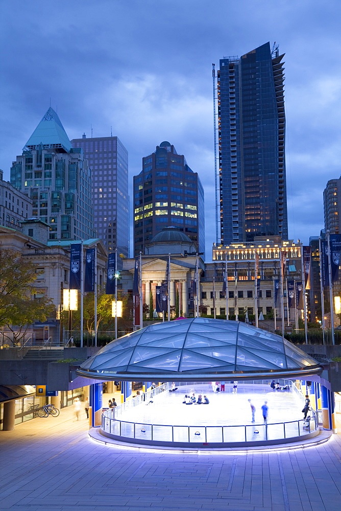 The Ice Rink at night, Robson Square, Downtown, Vancouver, British Columbia, Canada, North America