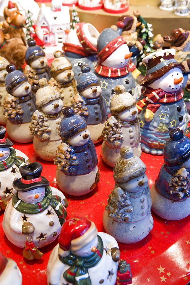 Snowman figures, Christmas Market, Cologne, Germany, Europe
