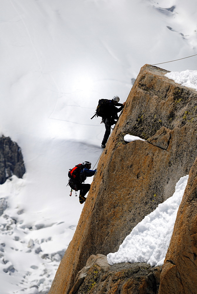 Mountaineers, climbers, Mont Blanc range, French Alps, France, Europe