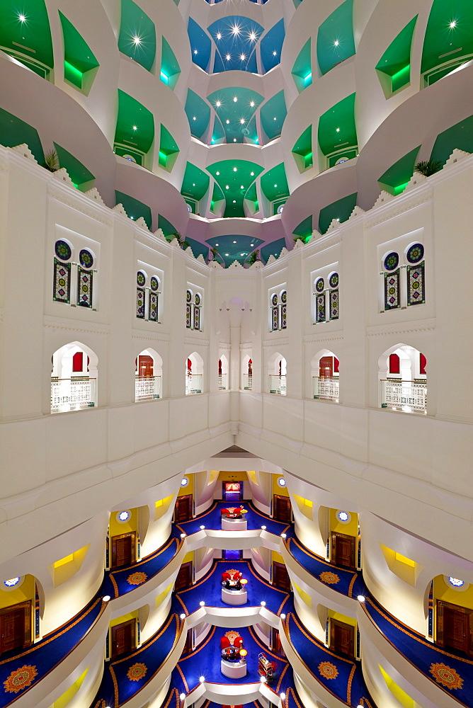 Atrium of the Burj Al Arab Hotel, Dubai, United Arab Emirates, Middle East - 794-1081