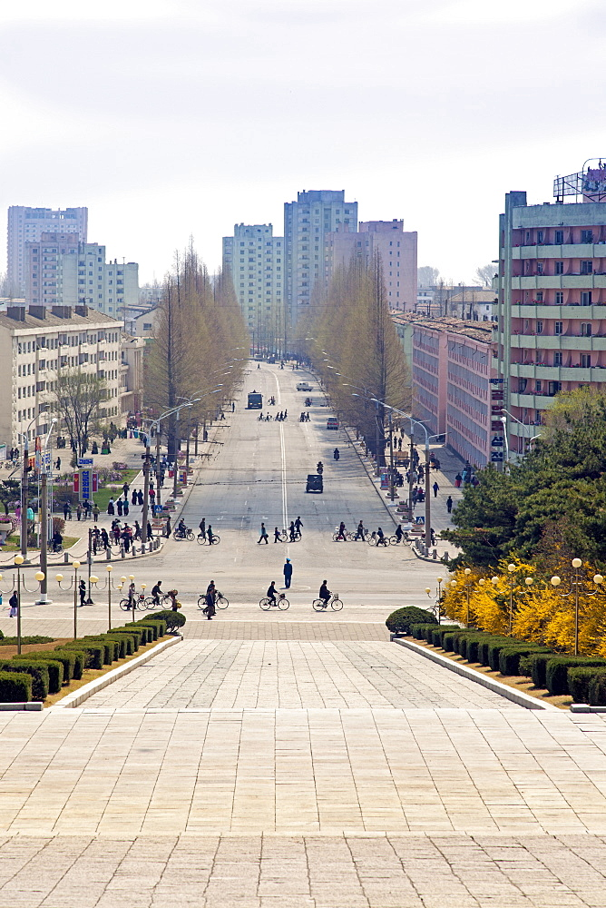 City streets, Hamhung, Democratic People's Republic of Korea (DPRK), North Korea, Asia