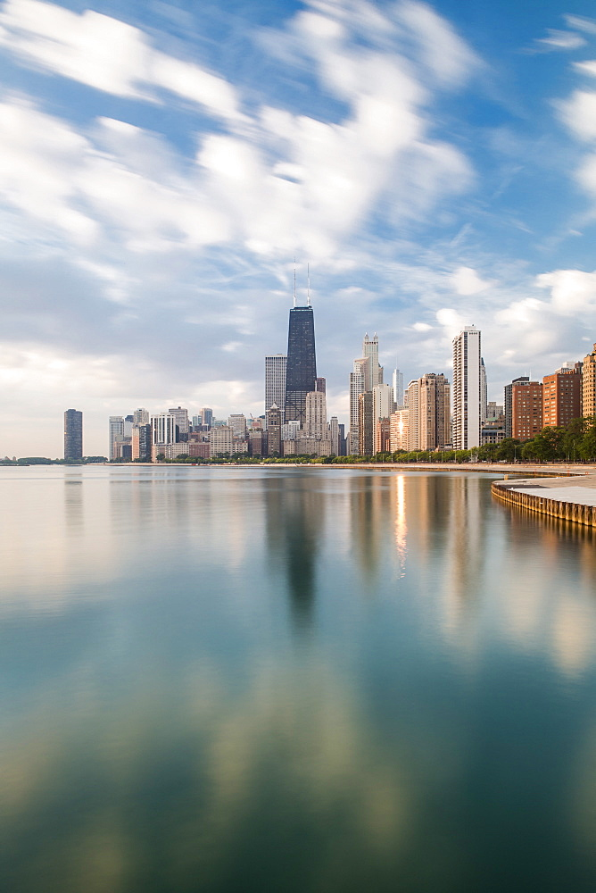 City skyline and Lake Michigan, Chicago, Illinois, United States of America, North America