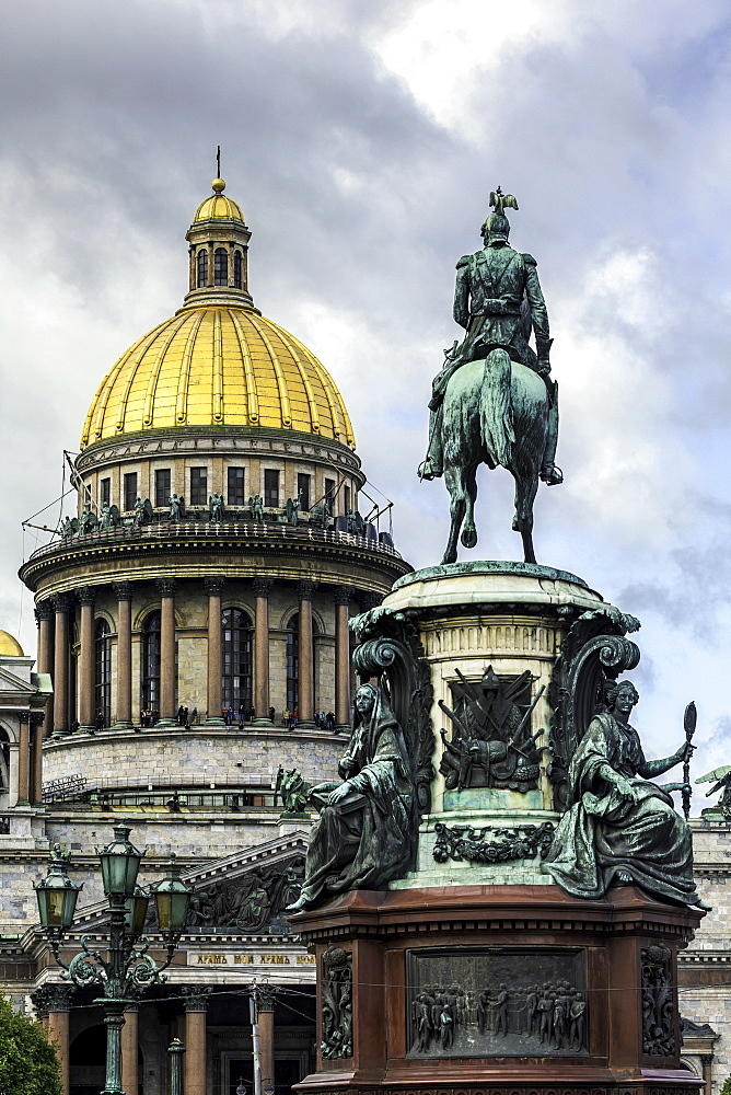 Golden dome of St. Isaac's Cathedral built in 1818 and the equestrian statue of Tsar Nicholas dated 1859, St. Petersburg, Russia, Europe