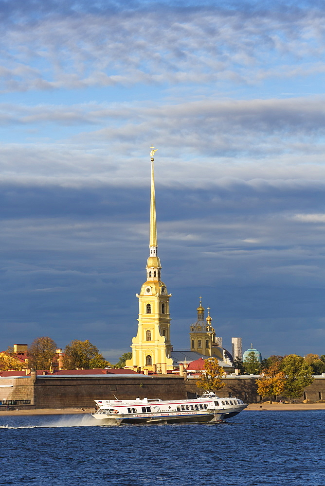 Peter and Paul Fortress on Neva riverside, UNESCO World Heritage Site, St. Petersburg, Russia, Europe