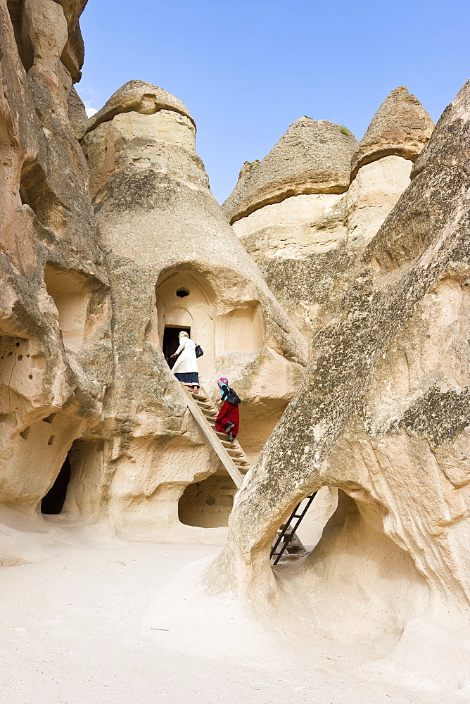 Volcanic tufa formations, known as fairy chimneys, Pasabag, near Zelve, Cappadocia, Anatolia, Turkey, Asia Minor, Eurasia - 794-548