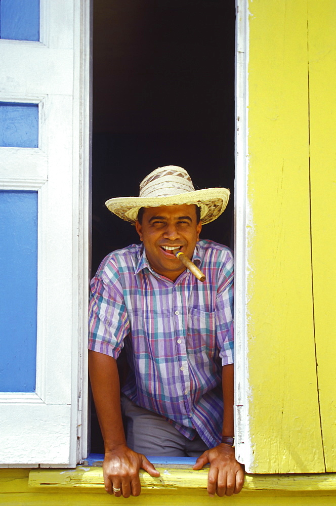 Man smoking cigar, Sosua, Dominican Republic, West Indies, Caribbean, Central America - 795-111