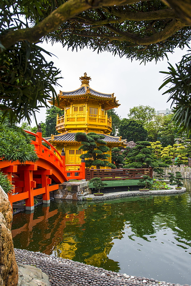 The pagoda at the Chi Lin Nunnery and Nan Lian Garden, Kowloon, Hong Kong, China, Asia - 796-2416