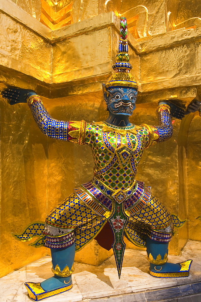 Temple of the Emerald Buddha (Wat Phra Kaew), Grand Palace, Bangkok, Thailand, Southeast Asia, Asia