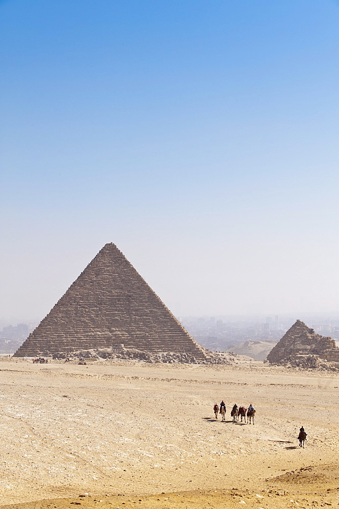 Pyramids, Giza, UNESCO World Heritage Site, near Cairo, Egypt, North Africa, Africa