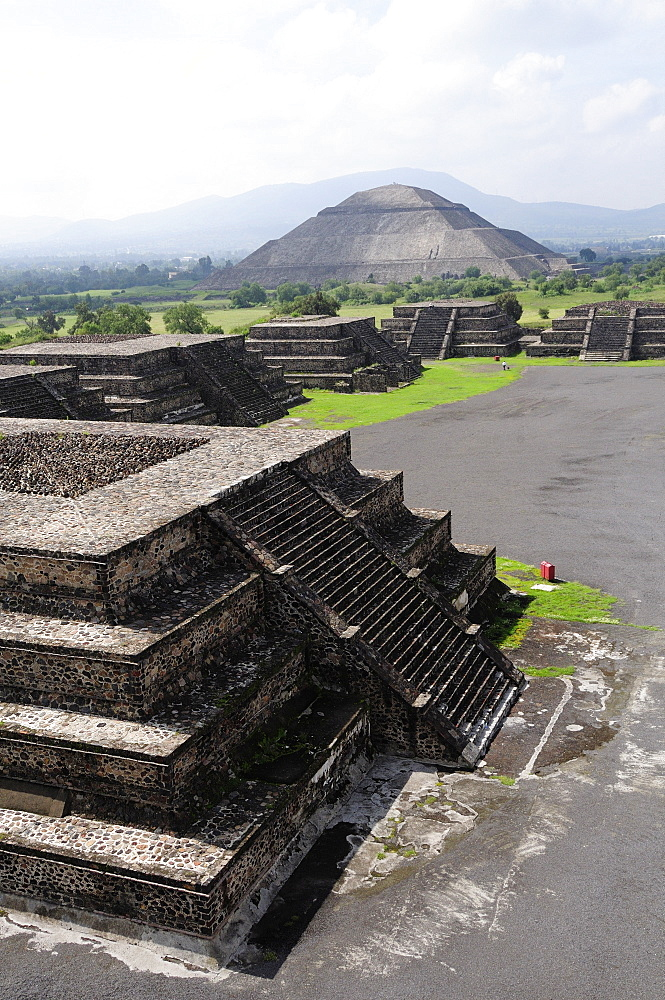Mexico, Anahuac, Teotihuacan, Smaller pyramids in the foreground of Pyramid del Sol.
