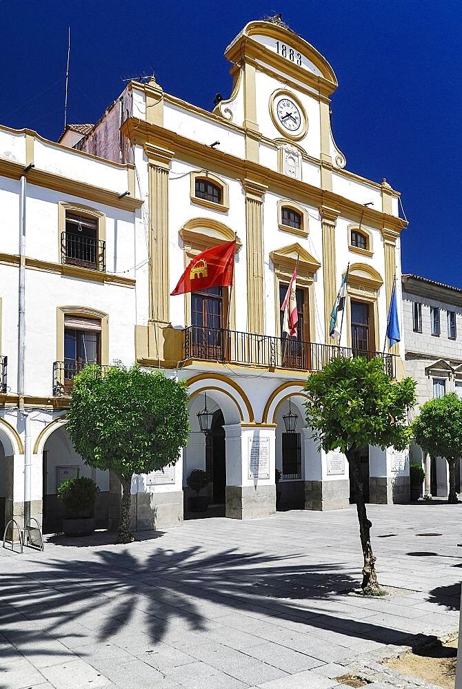 Spain, Extremadura, Merida, Exterior of the town hall in Plaza de Espana.