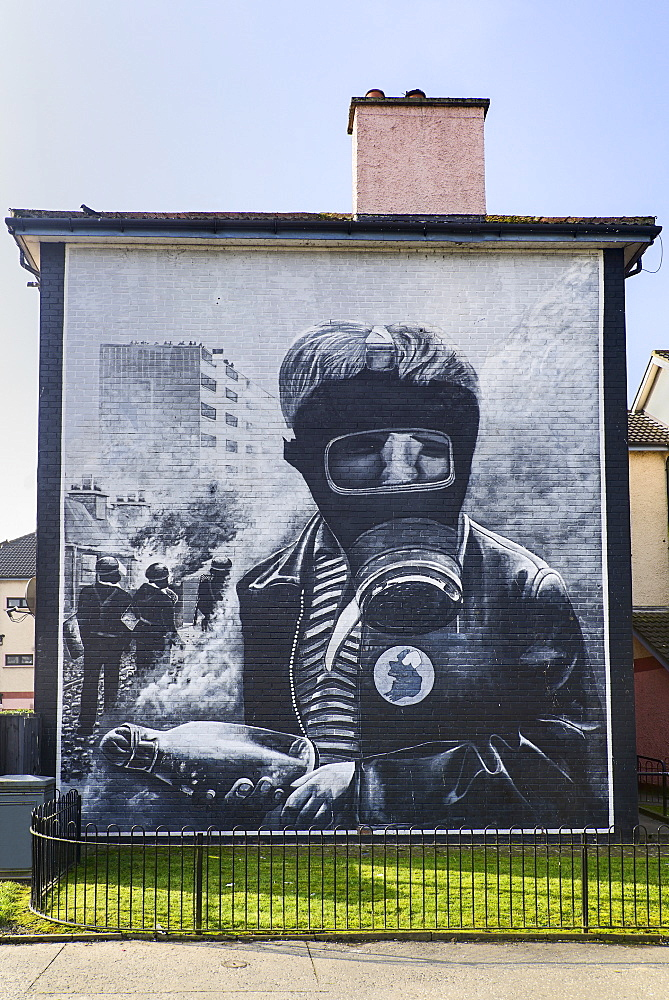 "Ireland, North, Derry, The People's Gallery series of murals in the Bogside, Mural known as ""The Petrol Bomber""."