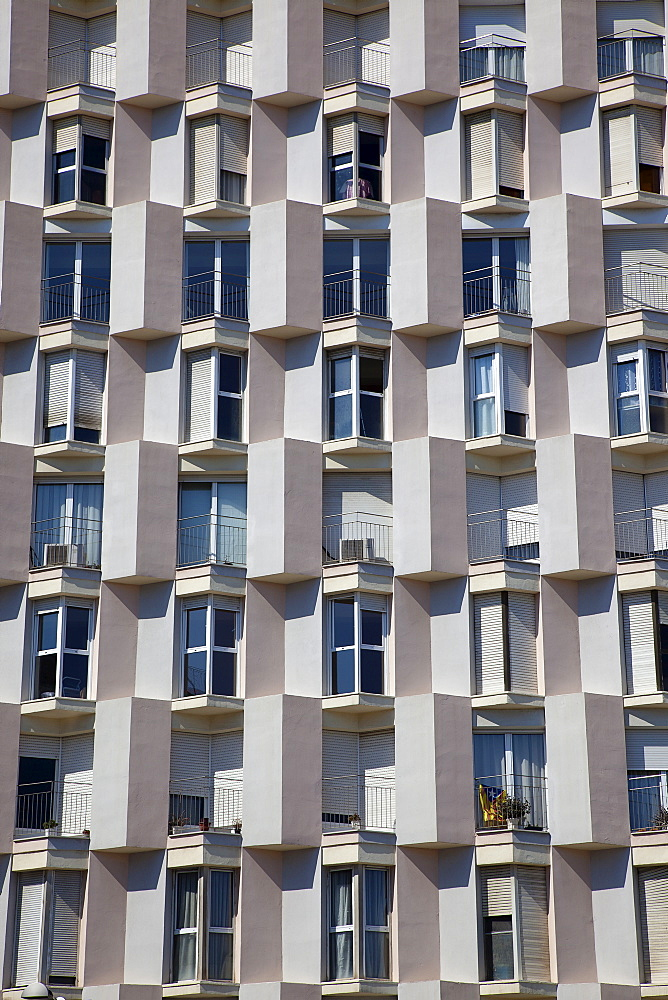 Spain, Catalonia, Barcelona, Barceloneta, Exterior of apartment block building.