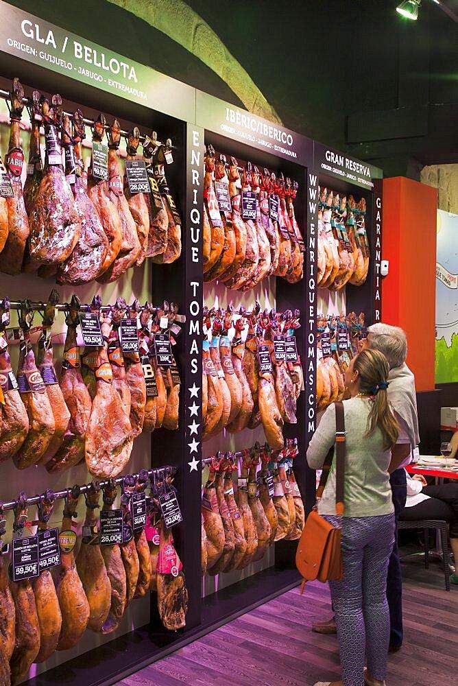 Spain, Catalonia, Barcelona, Shop selling Jamon Iberico in La Ribera.