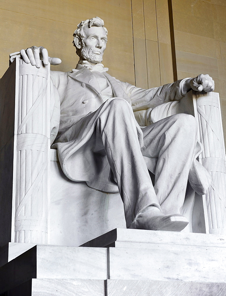 USA, Washington DC, National Mall, Lincoln Memorial, Statue of Abraham Lincoln, Angular close up view of the statue.