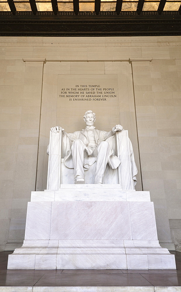 USA, Washington DC, National Mall, Lincoln Memorial, Statue of Abraham Lincoln, Head on view of the statue.