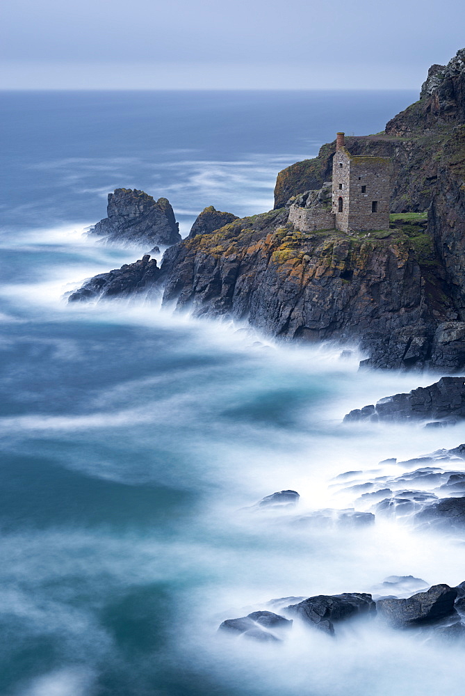Abandoned ruin of tin mine engine house on the Cornish cliffs near Botallack, Cornwall, England, United Kingdom, Europe