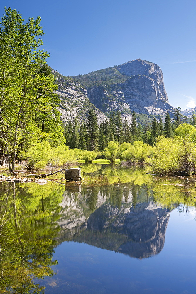 Mirror Lake in Yosemite Valley, UNESCO World Heritage Site, California, United States of America, North America