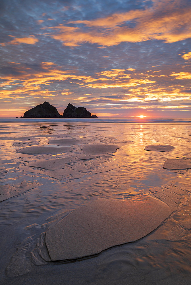 Spectacular sunset above Holywell Bay in North Cornwall, England, United Kingdom, Europe