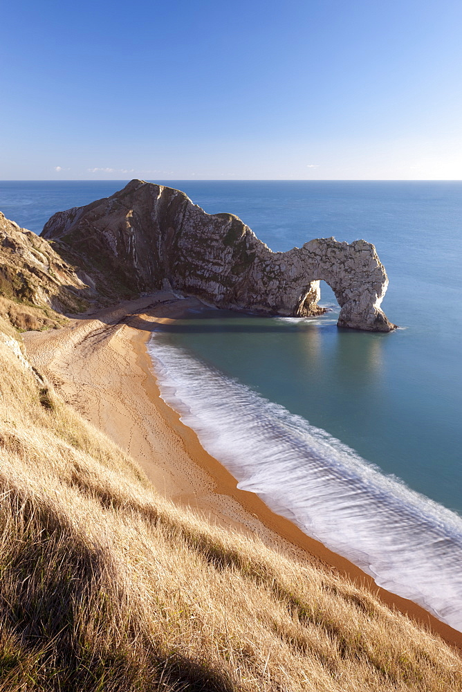 Durdle Door on a beautiful sunny day, Jurassic Coast, UNESCO World Heritage Site, Dorset, England, United Kingdom, Europe