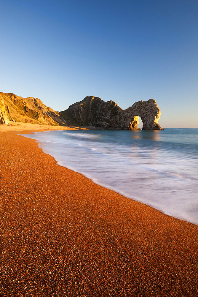 Deserted Durdle Door and beach in winter, Jurassic Coast, UNESCO World Heritage Site, Dorset, England, United Kingdom, Europe