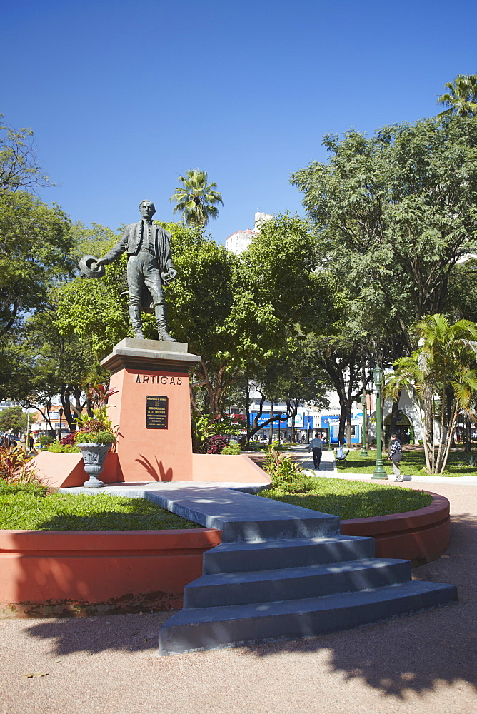 Statue of Jose Gervasio Artigas in Plaza Uruguaya, Asuncion, Paraguay, South America
