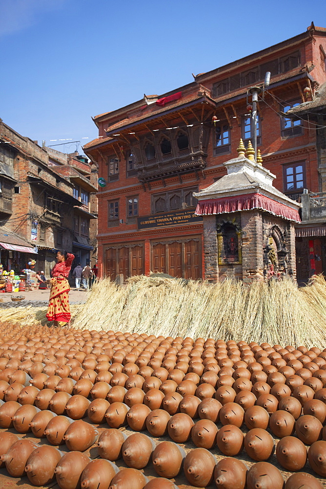 Potters' Square, Bhaktapur, UNESCO World Heritage Site, Kathmandu Valley, Nepal, Asia