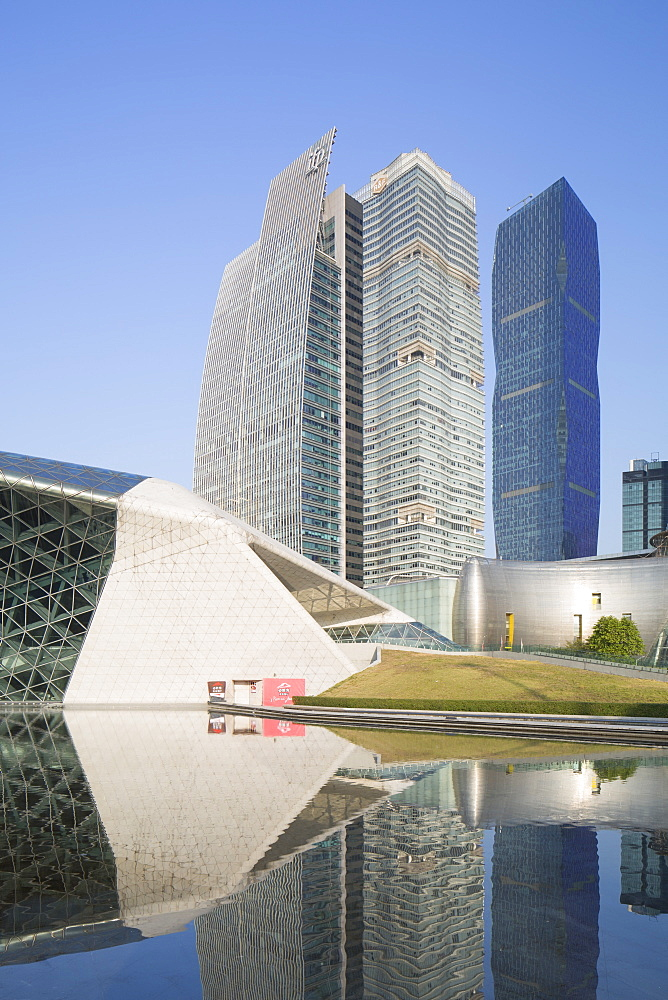 Guangzhou Opera House and skyscrapers in Zhujiang New Town, Tian He, Guangzhou, Guangdong, China, Asia