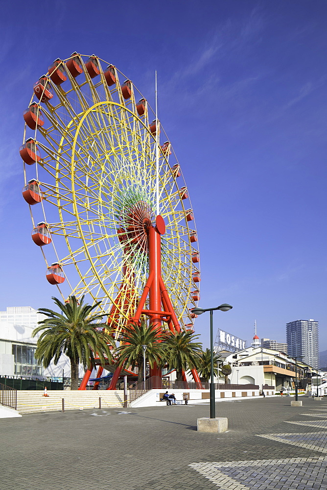 Ferris wheel at harbour, Kobe, Kansai, Japan, Asia