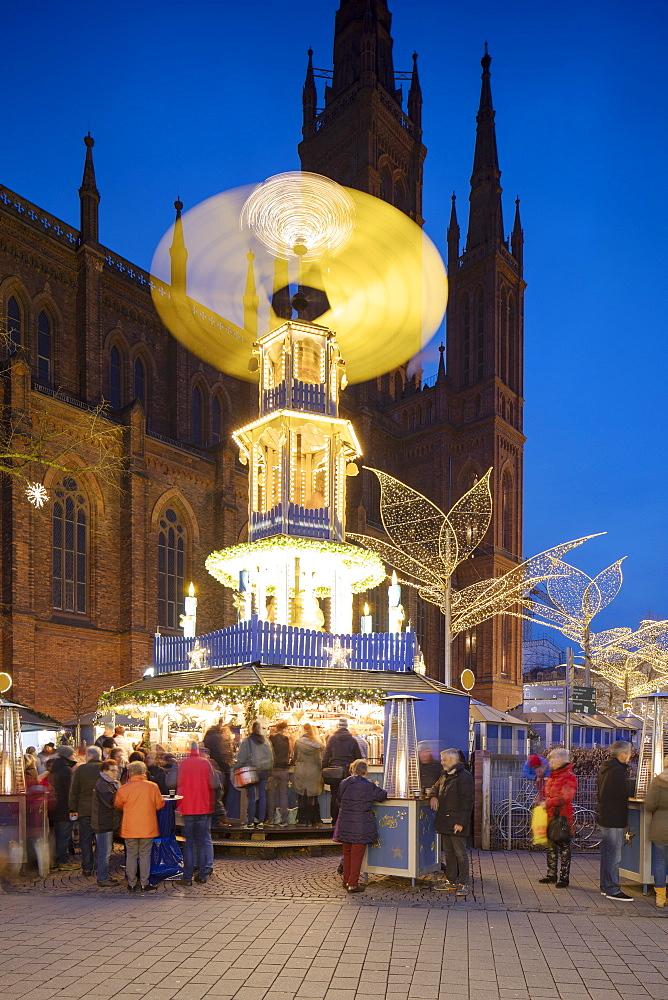 Christmas Market at dusk, Wiesbaden, Hesse, Germany - 800-3684