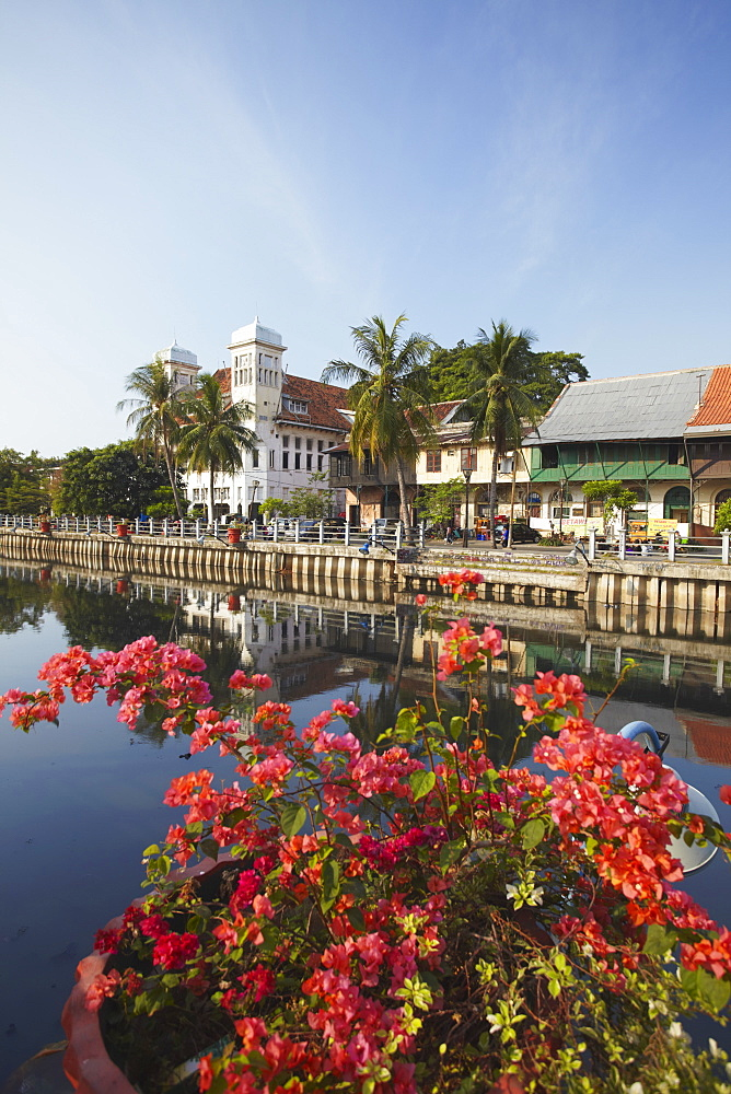 Colonial buildings along canal of Kali Besar, Kota, Jakarta, Java, Indonesia, Southeast Asia, Asia