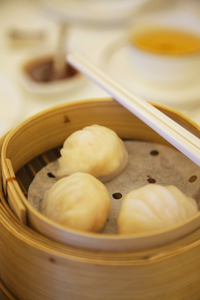Shanghaiese dumplings at Maxim's dim sum restaurant, City Hall, Central, Hong Kong, China, Asia