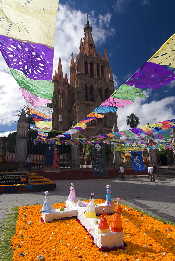 Decorations for the Day of the Dead festival with Parroquia de San Miguel Arcangel in the background, Plaza Principal, San Miguel de Allende, Guanajuato, Mexico, North America - 801-119