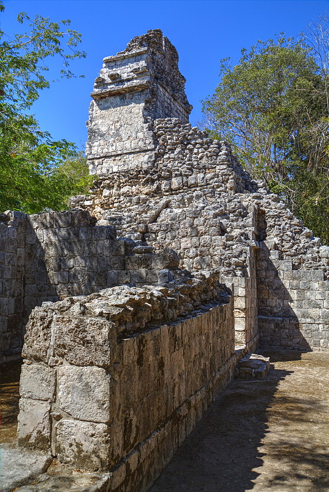 Structure VI, Hochob, Mayan archaeological site, Chenes style, Campeche, Mexico, North America