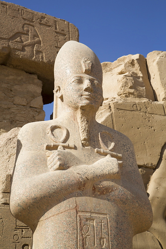 Statue of Pharaoh, Precinct of Amun-Re, Karnak Temple, Luxor, Thebes, UNESCO World Heritage Site, Egypt, North Africa, Africa