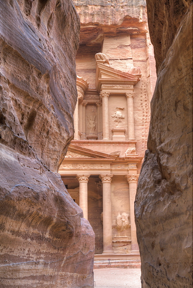 The Treasury as seen from the Siq, Petra, UNESCO World Heritage Site, Jordan, Middle East