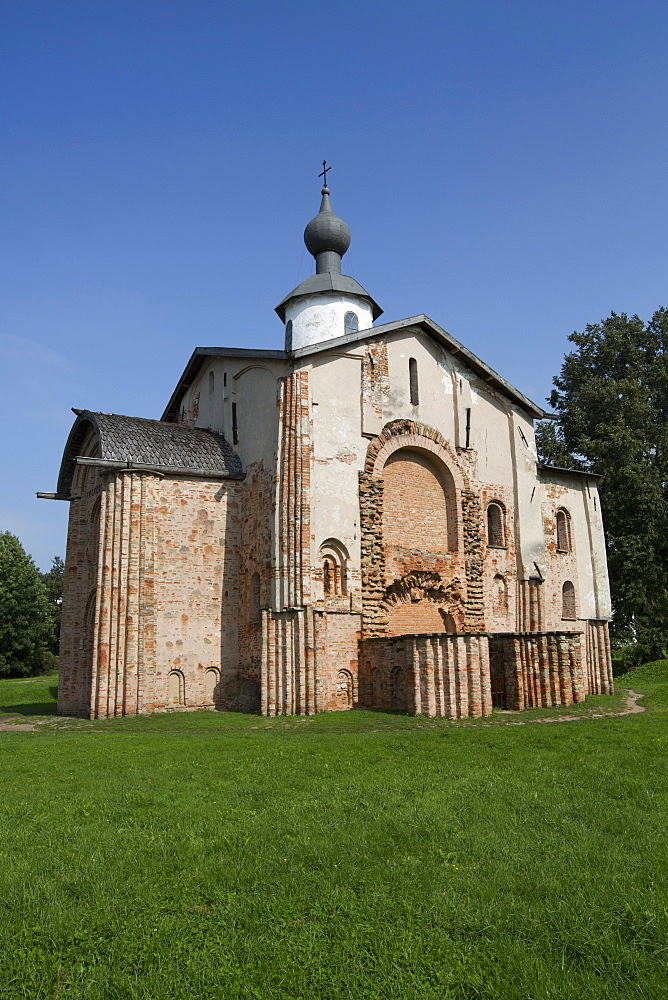 Church of St. Paraskeva the Friday, dating from 1207, UNESCO World Heritage Site, Veliky Novgorod, Novgorod Oblast, Russia, Europe