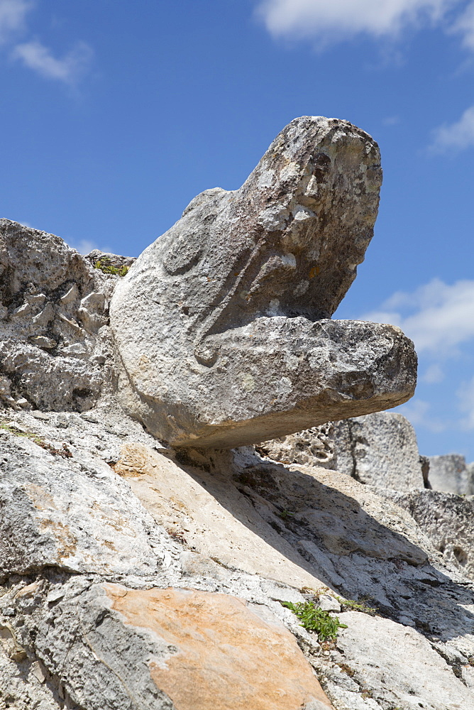 Serpent Head, Temple of Warriors, Mayan Ruins, Mayapan Archaeological Site, Yucatan, Mexico