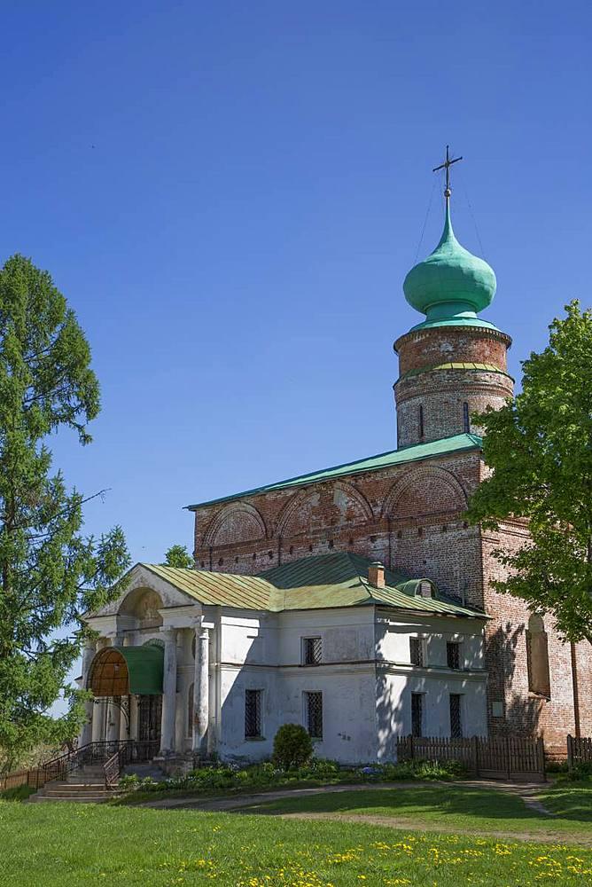 Cathedral, Boris and Gleb Monastery, Borisoglebsky, Golden Ring, Yaroslavl Oblast, Russia, Europe