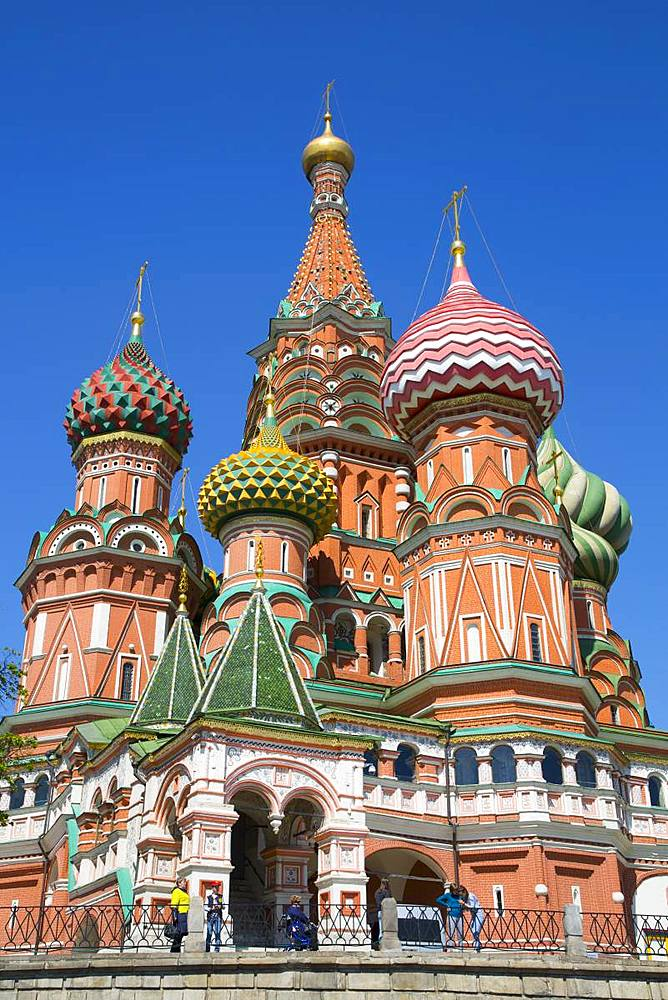 St. Basil's Cathedral, Red Square, UNESCO World Heritage Site, Moscow, Russia, Europe - 801-2372