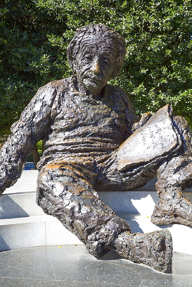 Albert Einstein Memorial, Washington D.C., United States of America, North America - 801-2455