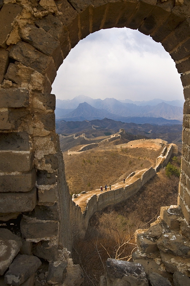 View of a section of the Great Wall, UNESCO World Heritage Site, between Jinshanling and Simatai near Beijing, China, Asia