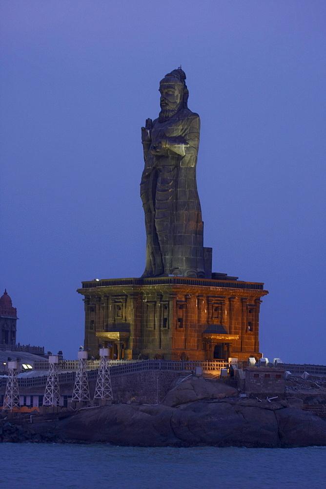 Thiruvalluvar statue, Kanyakumari, Tamil Nadu, India, Asia - 804-378