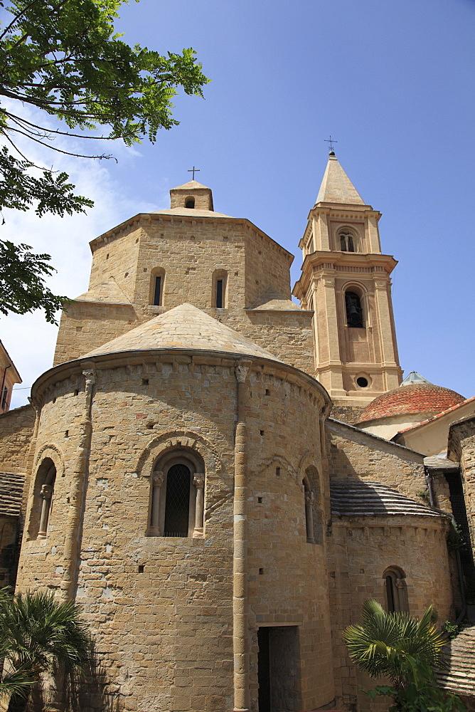 Cathedral, Santa Maria Assunta, Old Town, Ventimiglia, Medieval, Liguria, Imperia Province, Italy, Europe