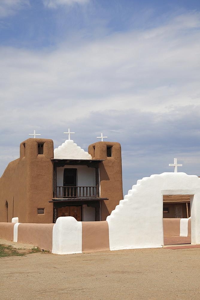 San Geronimo Chapel, Church, Taos Pueblo, UNESCO World Heritage Site, Taos, New Mexico, United States of America, North America