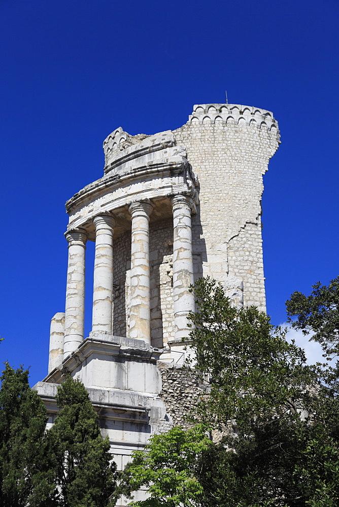 Roman Monument Trophy of Augustus or Trophy of the Alpes, La Turbie, Alpes-Maritimes, Cote d'Azur, Provence, France, Europe