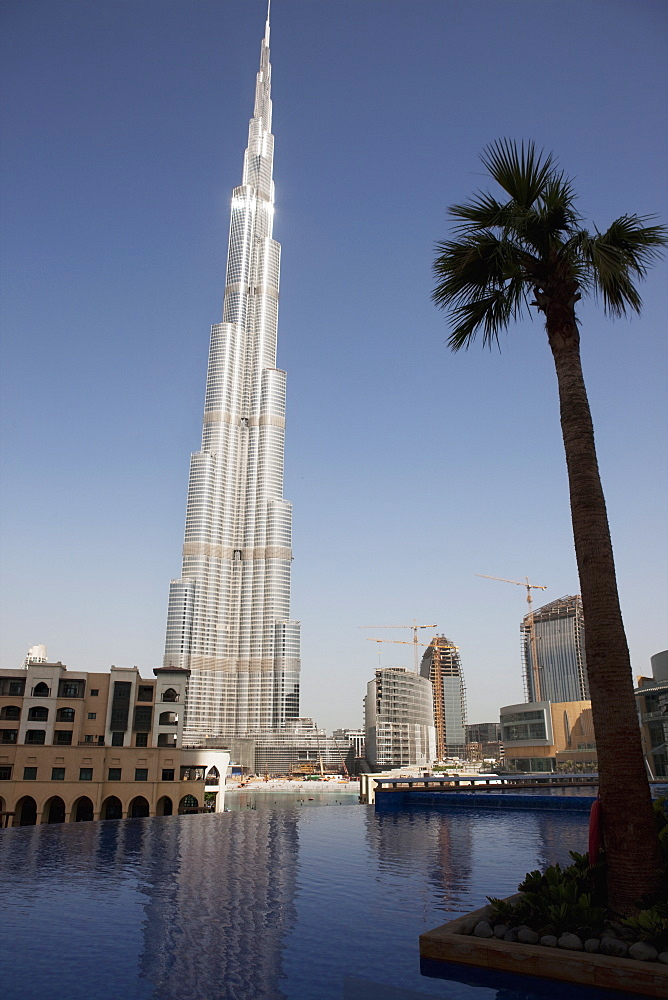 Burj Khalifa, formerly the Burj Dubai (Dubai Tower), the tallest tower in the world at 818m, Downtown Burj Dubai, Dubai, United Arab Emirates, Middle East