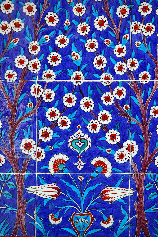 Iznik tiles in Topkapi Palace, Istanbul, Turkey, Europe - 809-1139